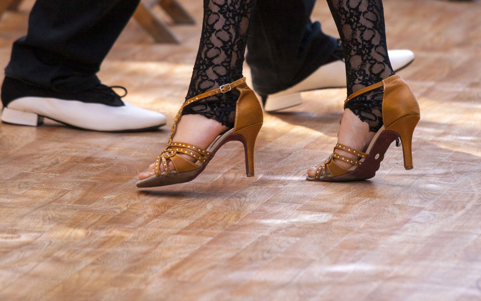 ecole de danse sur marseille 13004 studio b On cours de danse de salon marseille